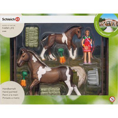 Schleich Pferdefütterung Trakehner